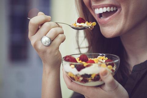 What Foods are Best for Healthy Teeth and Gums - Winnipeg Dentist - Dental Centre Winnipeg - Regent Avenue Dental Centre