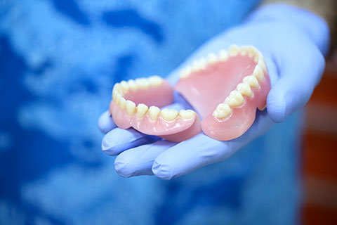 Everything you want to know about dentures - Winnipeg Denture Specialists - Denture Services Winnipeg - Winnipeg Dental Clinic - Regent Avenue Dental Centre