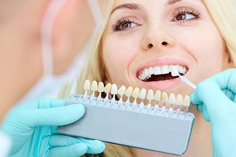 What are dental crowns? - Dental Crowns - Restorative Treatment - Dentist Winnipeg - Regent Avenue Dental Centre
