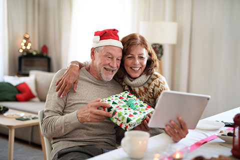 How the holidays impact your daily dental health - Regent Avenue Dental Centre - Winnipeg Dentist